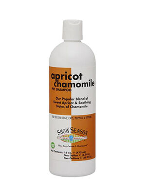 Show Season Apricot Chamomile Pet Shampoo 16oz